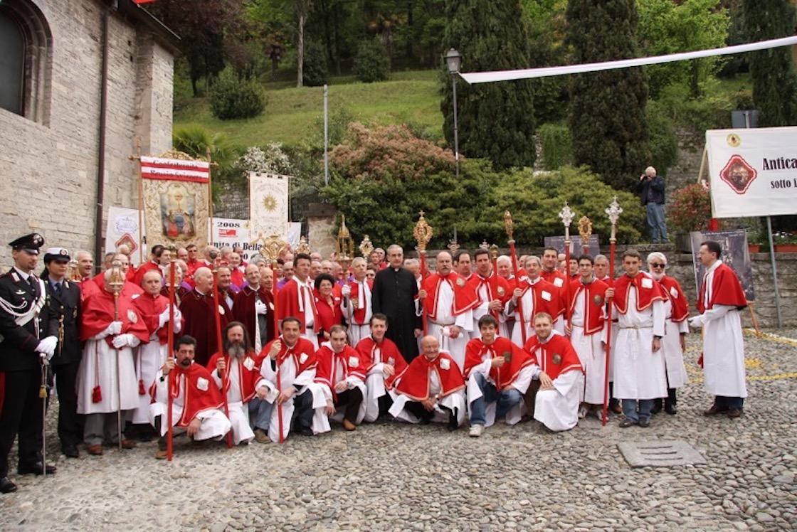 Confraternita in Piazza della Chiesa