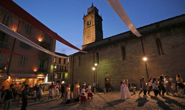 Processione Parrocchia Bellagio